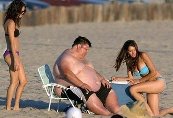 Hot girl with fat guy