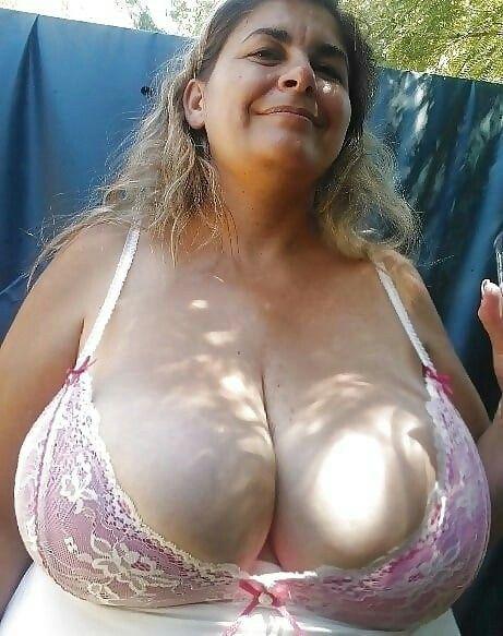 Granny big mature boobs
