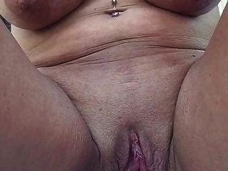 Big loose pussy hole