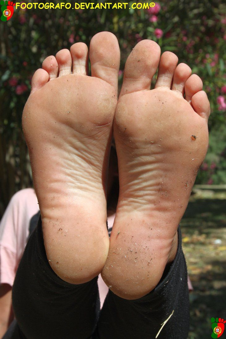 Dirty sole high arch feet