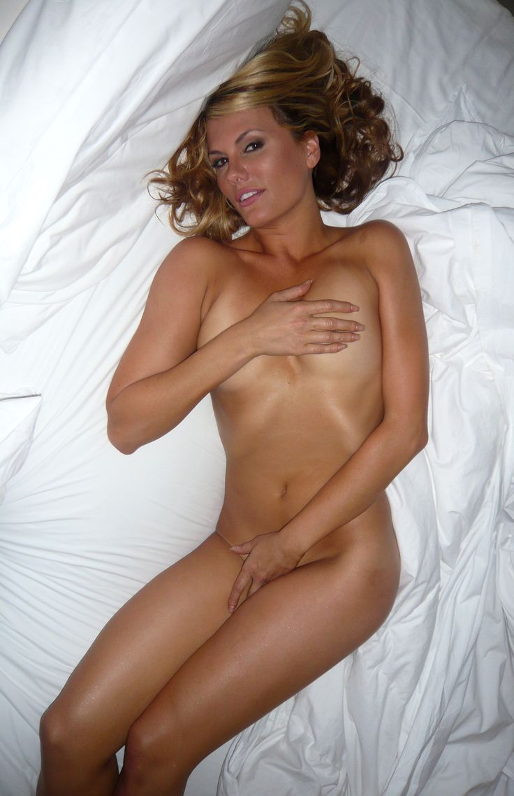 Courtney hansen nude