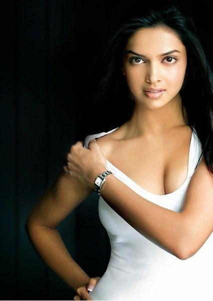 Deepika padukone hot boobs