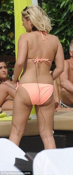 Malin akerman bikini ass
