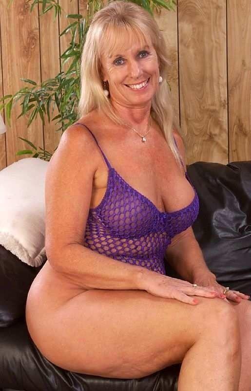 Hot sexy mature granny