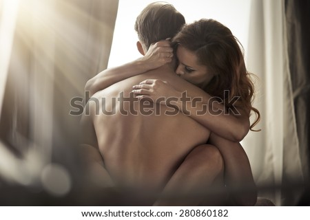 Sex hot couple kissing in bed naked