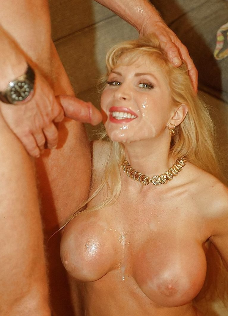 Bizarre pussy insertions gif