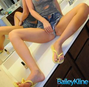 Bailey kline feet