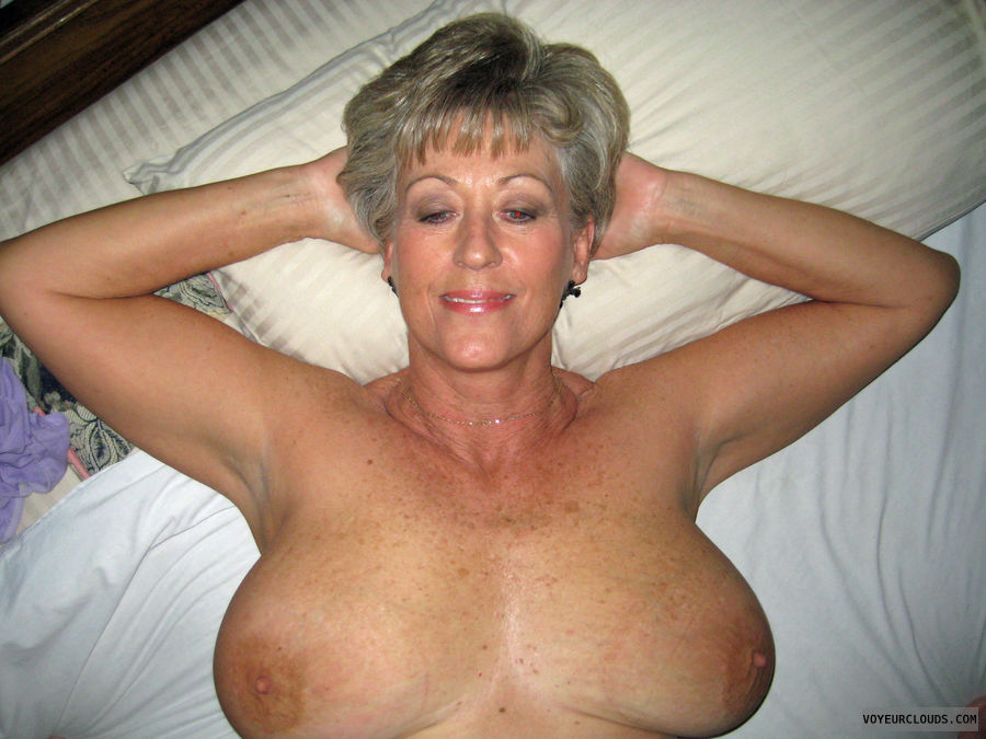 Mature with big tits porn