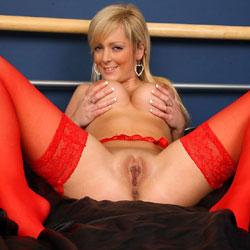 Nude models big tits spread