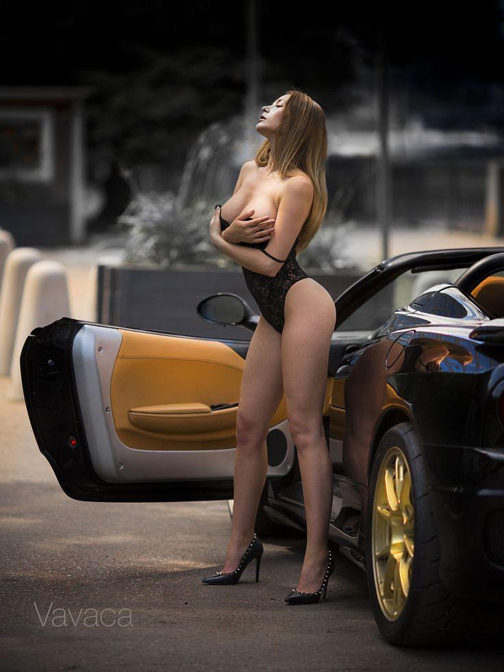 Ferrari cars and nude girls