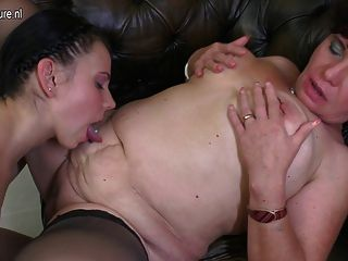 Old lady lesbian porn