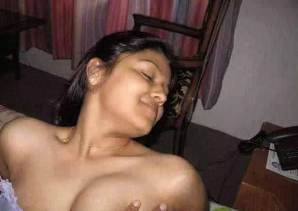 Hot desi indian girl nude