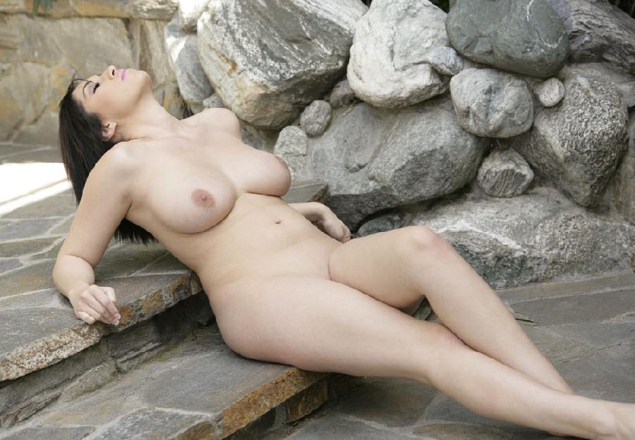 Vanessa james nude
