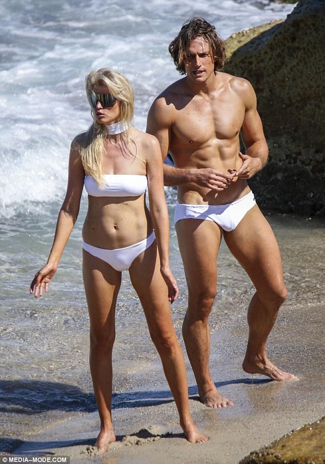 Bondi beach girls naked