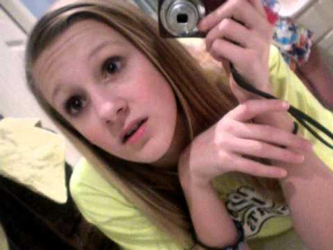 while Girl peeing selfies