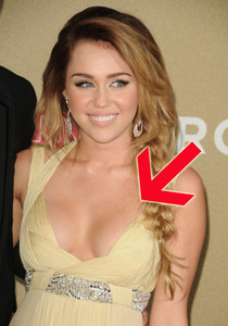 Miley cyrus breasts