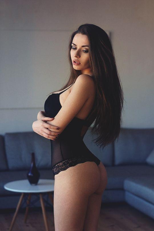 brunette ass Sexy