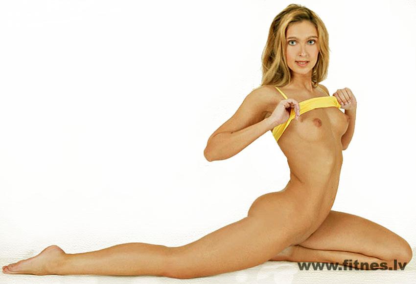 Nude female athletes naked