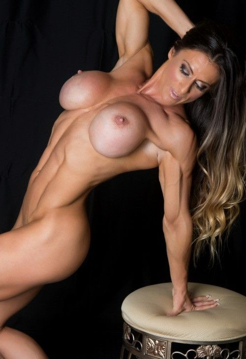 Fitness nude Erotic model