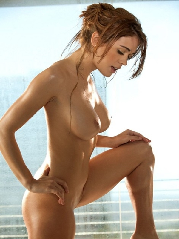 naked wet girls Hot