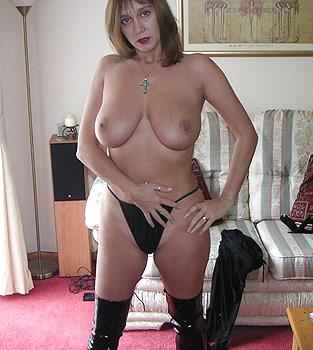 gros seins aux Femme