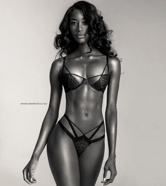 Nude female fitness models women