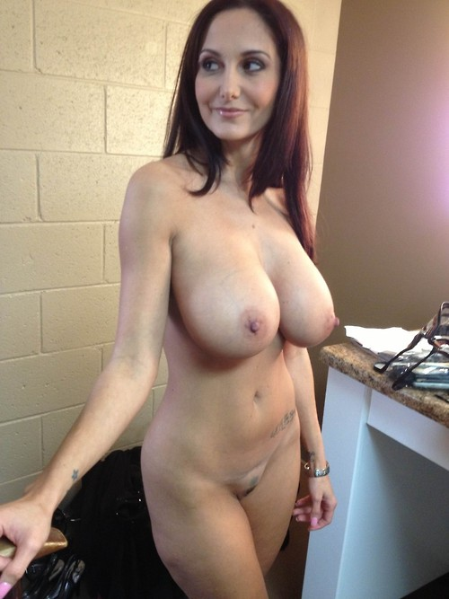 nude Milf hot moms