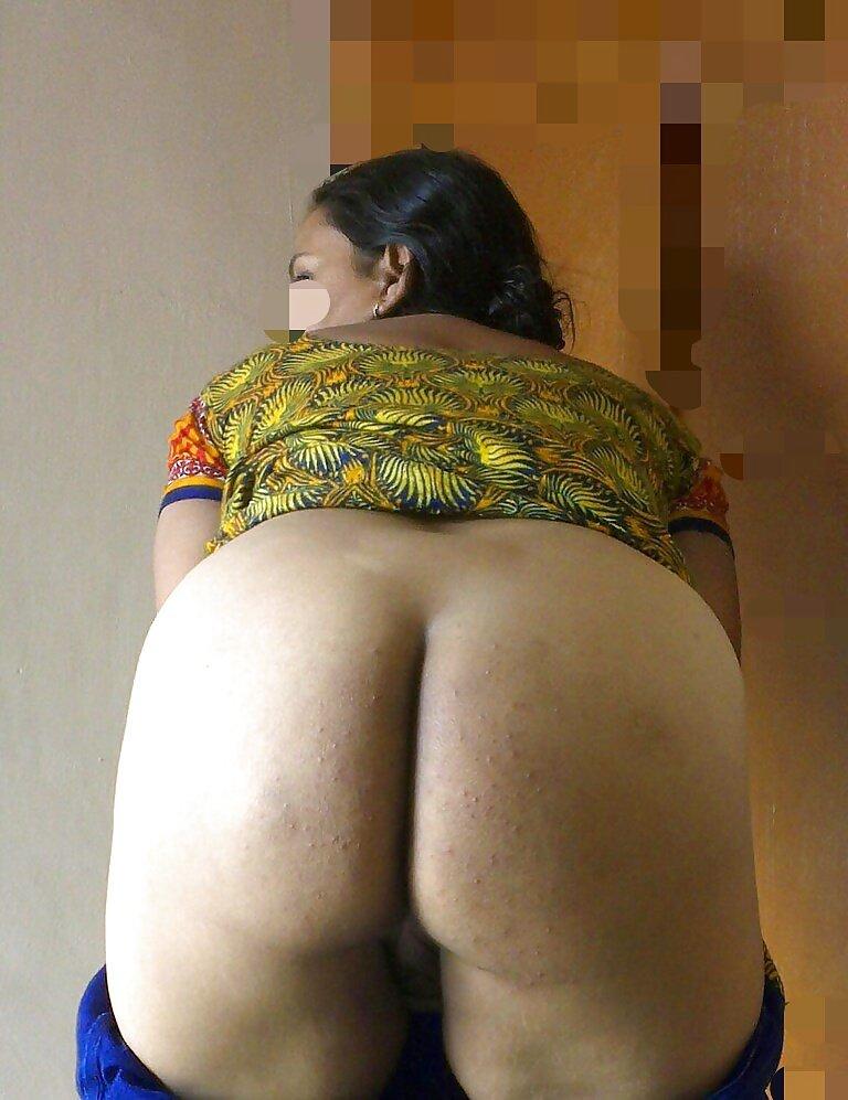 Big ass indian girls nude