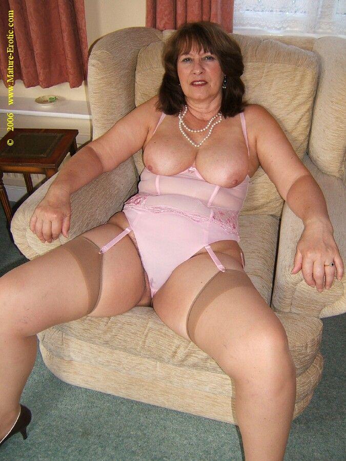 Erotic mature women stockings