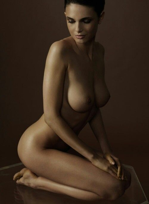 Beautiful nude girls art