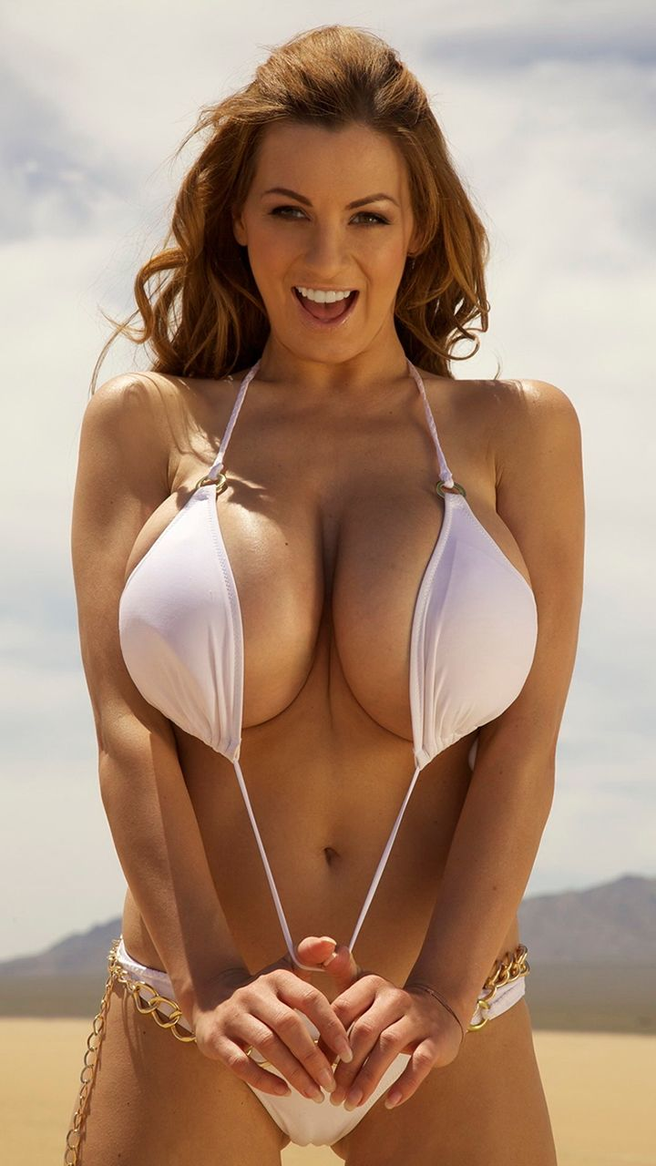 Exotic big tits bikinis