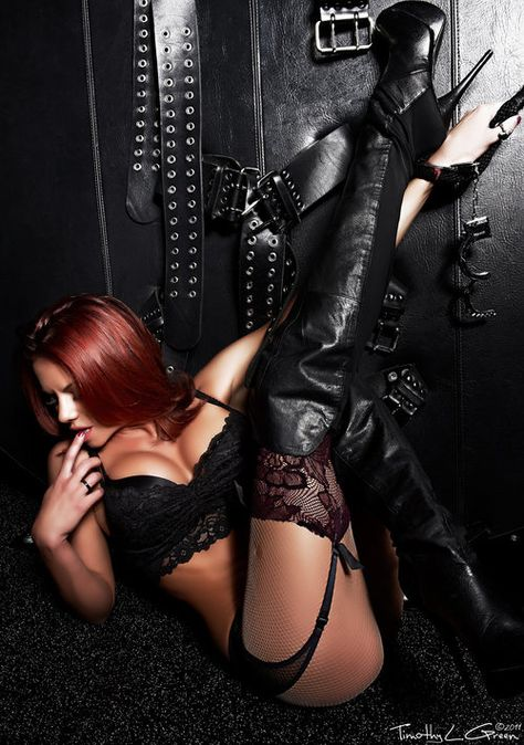 Redhead fuck me boots