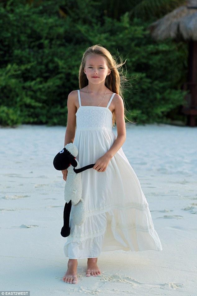 Tiny girl nude beach