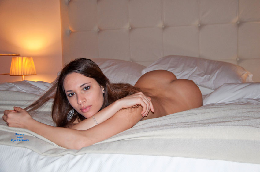 Sexy nude girl on bed