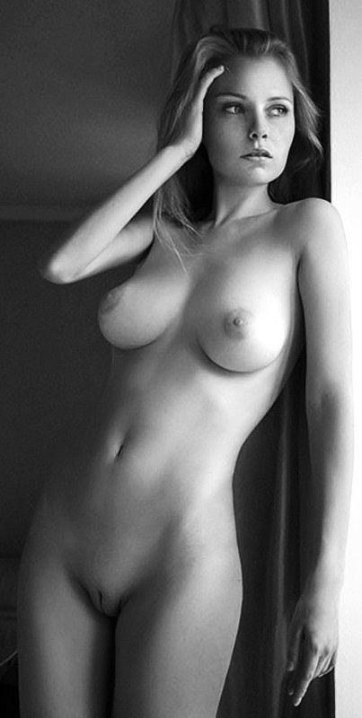 Erotic nude women girl