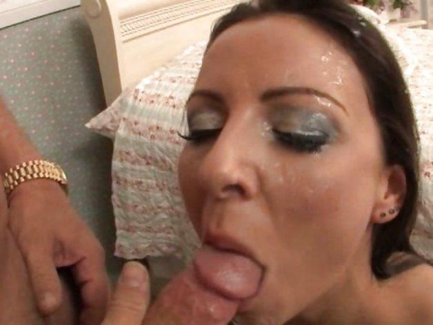 Maria bellucci blowjob
