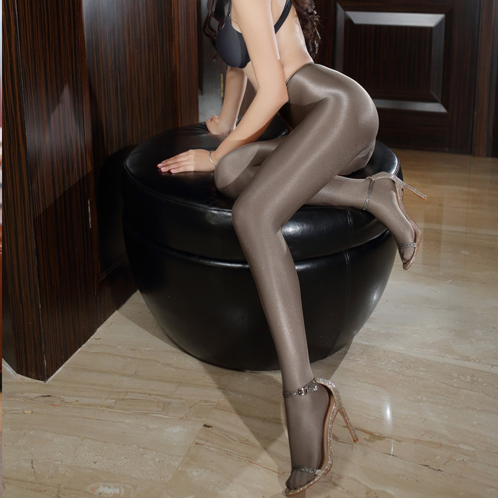 Sexy american shemales in pantyhose