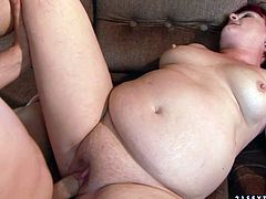 Fat shaved pussy fucked