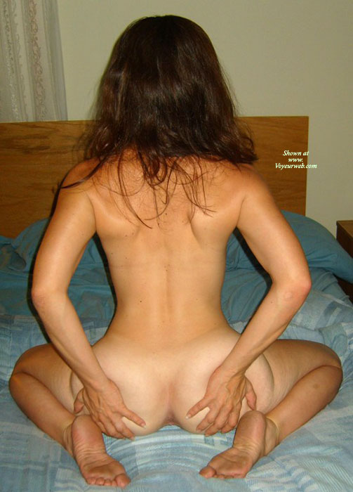 Rear view naked girls