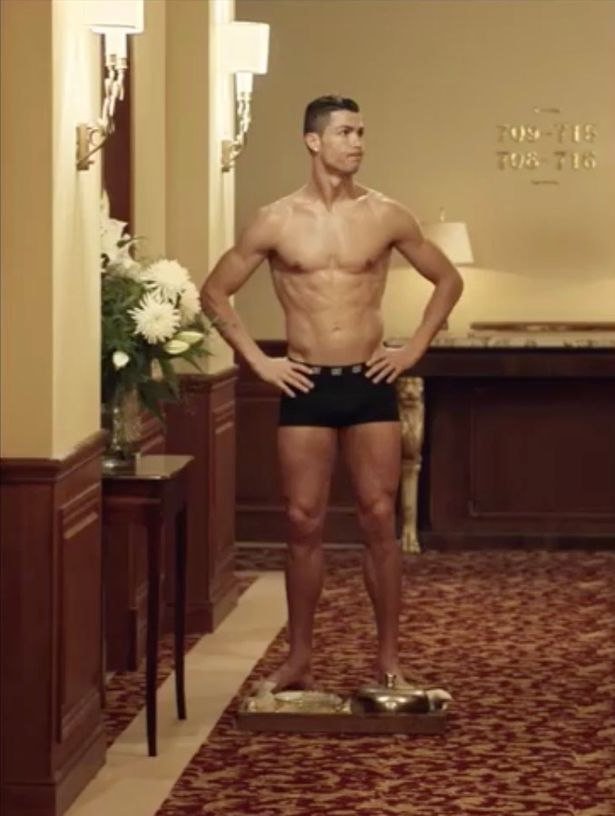 Cristiano ronaldo naked