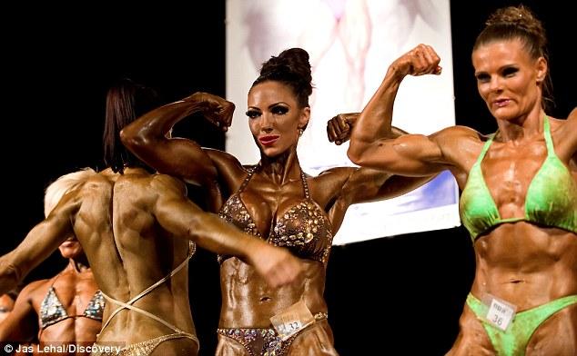 Muscle bodybuilder lesbian
