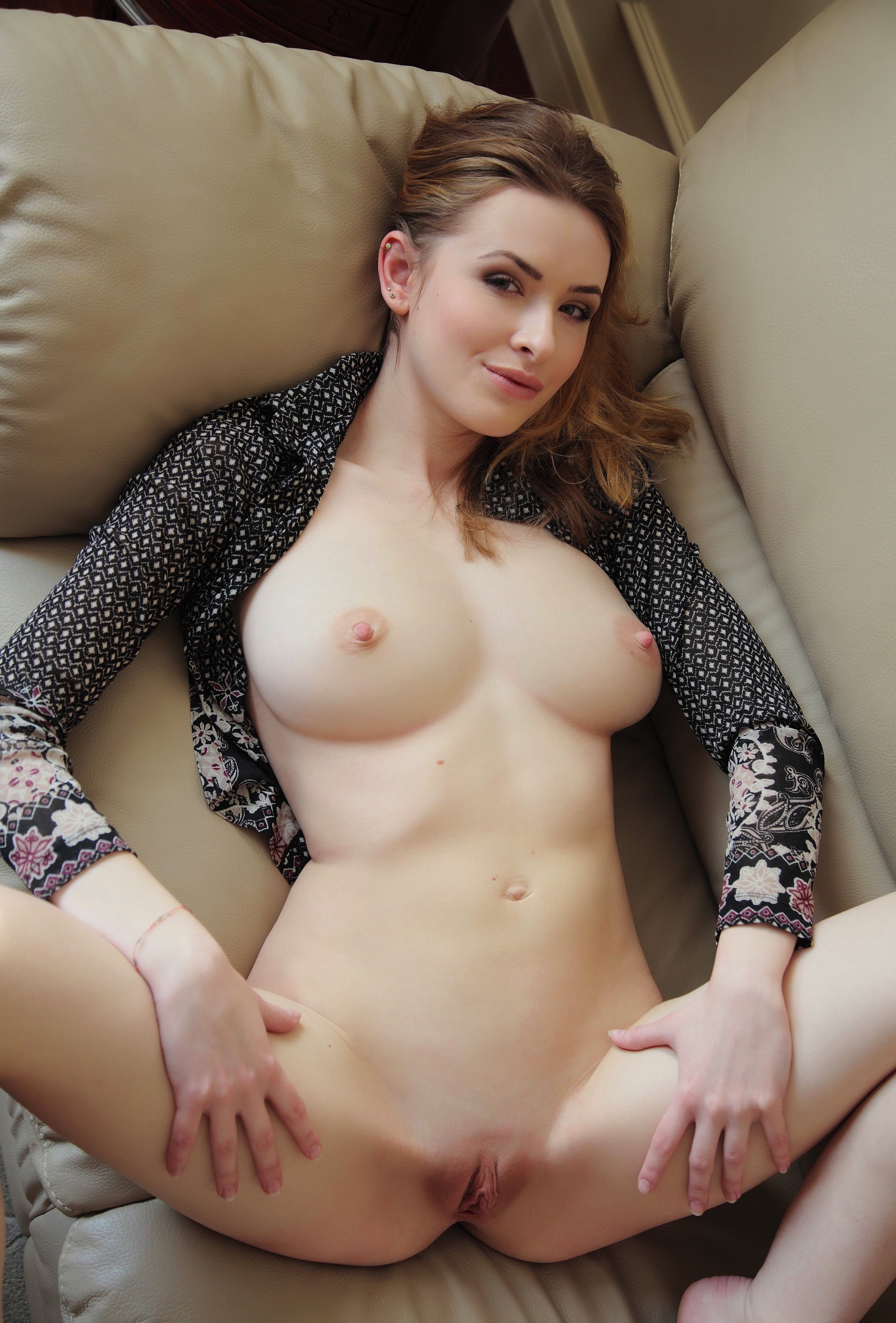 Russia  nudist pussy Attention explicit porn Open pussy (180 Russian amateur nude porn pictures  - more hot nude pictures at GirlfriendVids