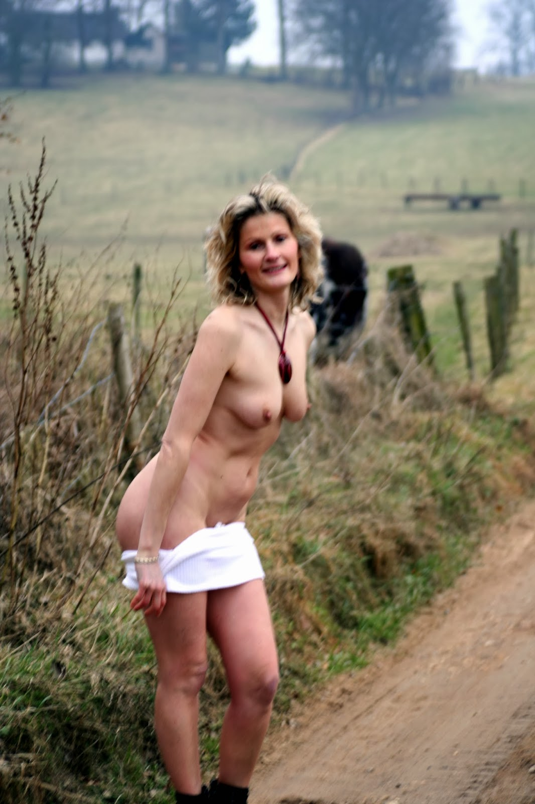 Mature french amateur milf exhib