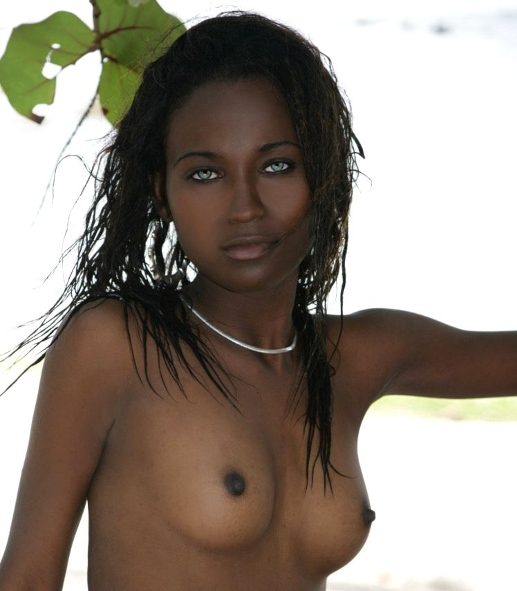 Light skinned black girls nude