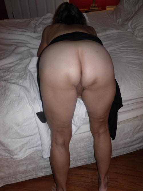 Nudist granny pussy 10