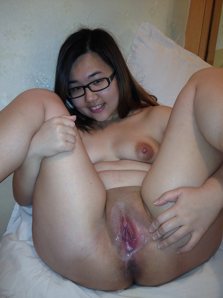 Fat asian girls pussy
