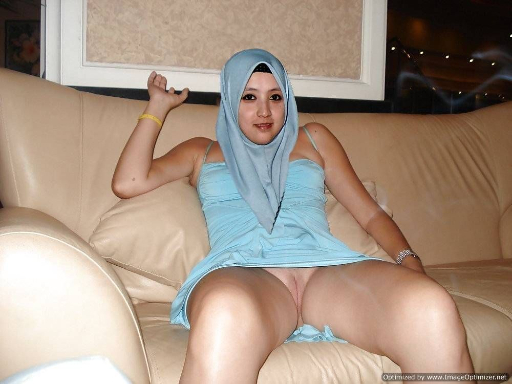 Nude arab girls captions