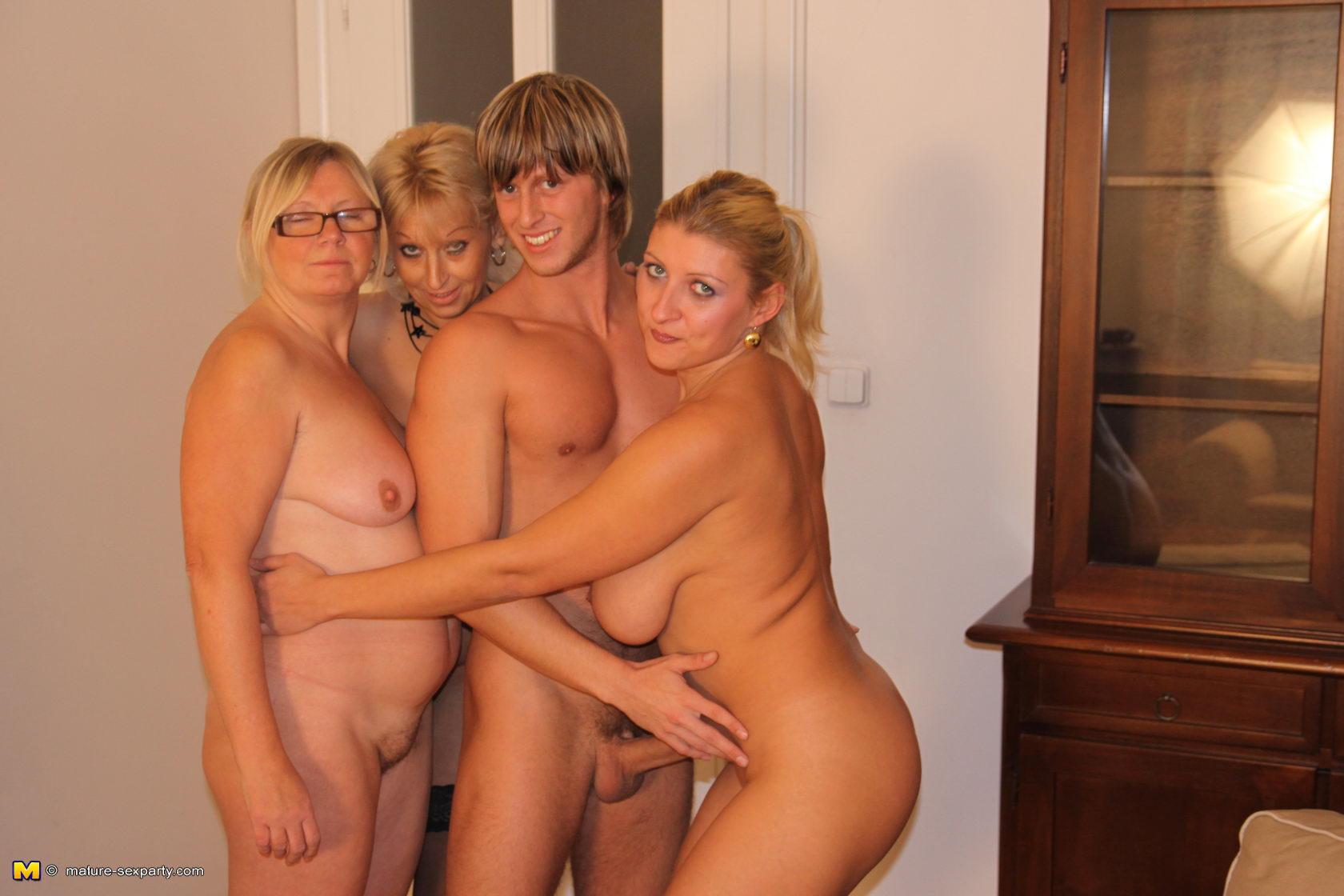 Group nude mature women