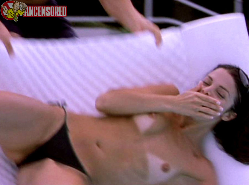 Vanessa ferlito nude