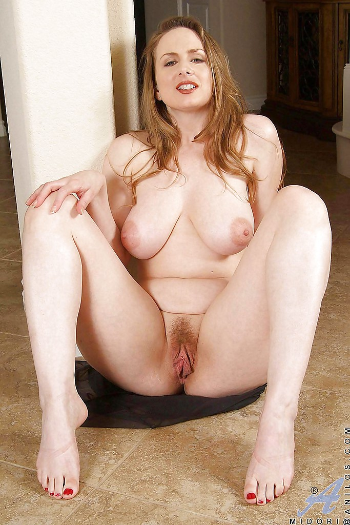 plump nude wife pic